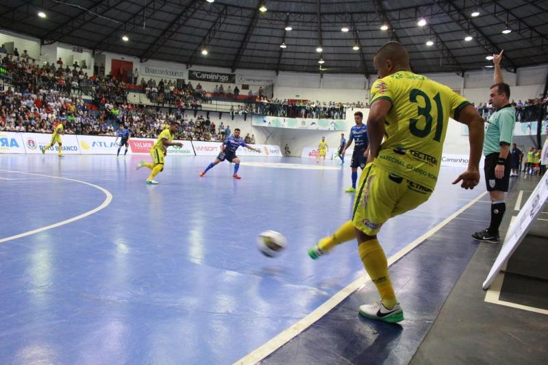Fifa aprova mudanças nas regras do futsal c945474a2bd2e