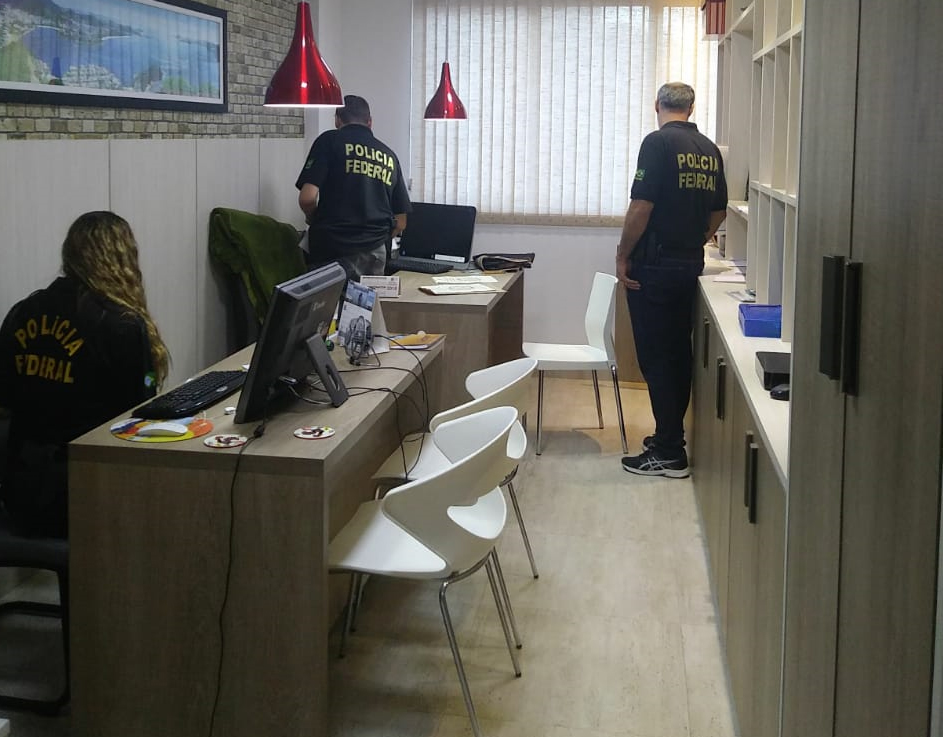 PF faz Operação Efeito Dominó contra lavagem de dinheiro do tráfico
