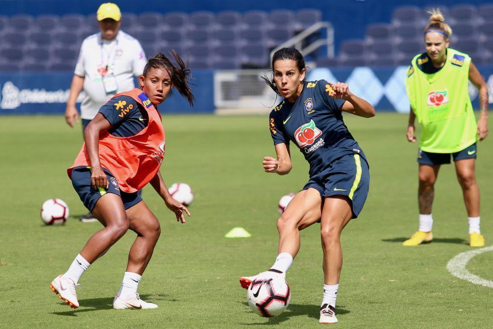 2d08c2542f O futebol feminino do Brasil estreia nesta quinta-feira (26) no Torneio das  Nações
