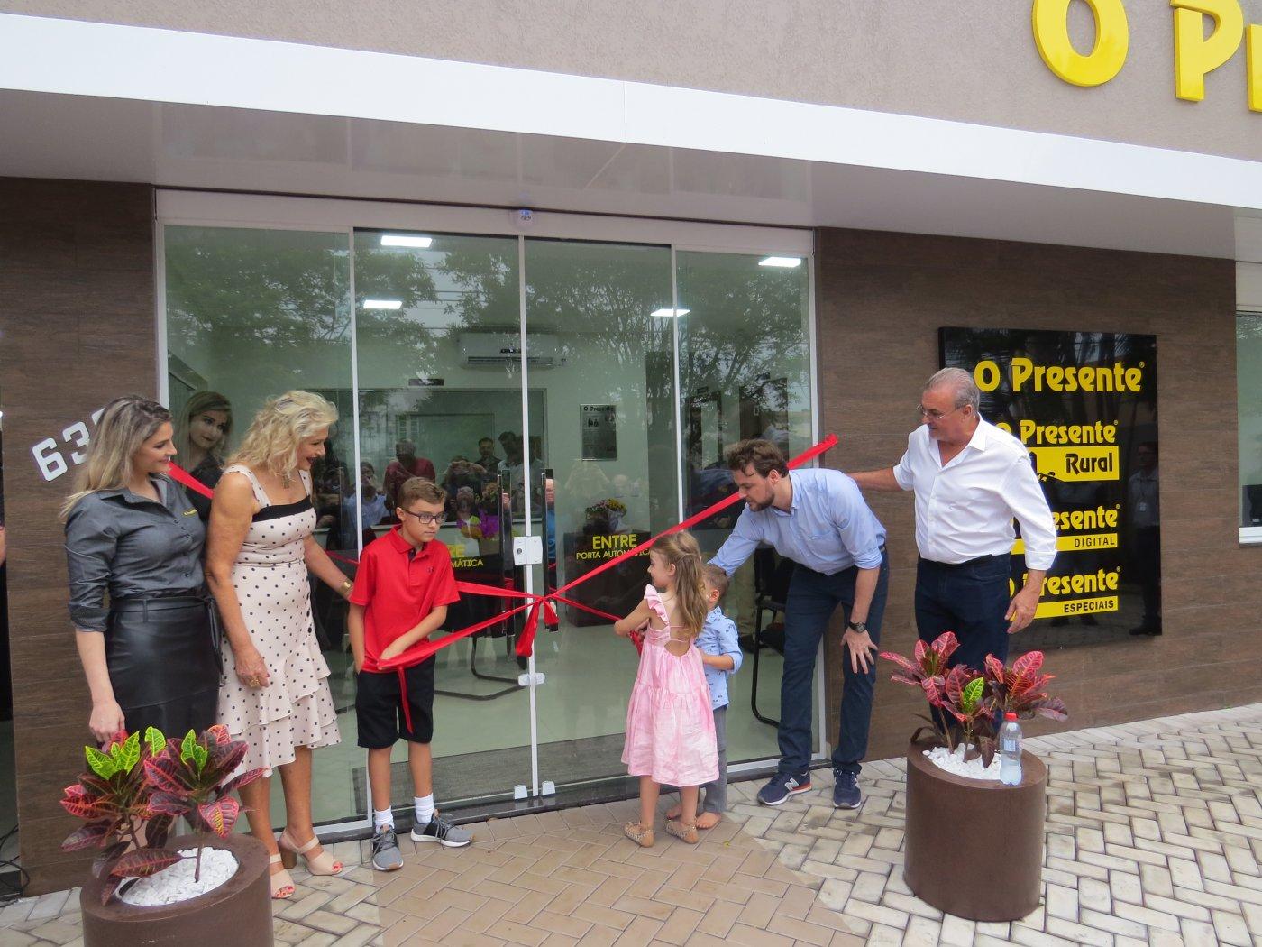 Resultado de imagem para inauguração da nova sede do O Presente
